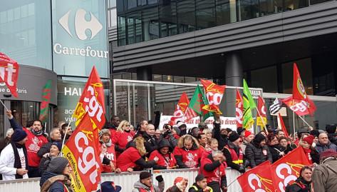 La CGT appelle tous les salariés du groupe Carrefour à un rassemblement devant l'hypermarché Carrefour de la porte de Montreuil lundi 5 février  à 10 heures en présence de Philippe Martinez